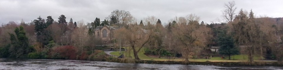 Kinnoull Parish church beside the River Tay